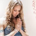 yoga studio earth palma mallorca peace om mudra nachhaltig holiday üben practice meditation calm geheimtipp alternativ retreat eco environmentalist vegan secret local majorca sustainable individual yogaholidays