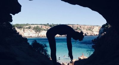 sea ocean flexible facial essentialoils sarah santa cruz pilates massage calm quiet tranquility beauty wellness mallorca peace inhouse aromatherapy acupuncture treatment holiday relax calm geheimtipp alternativ retreat eco organic plantbased secret local majorca sustainable individual yogaholidays