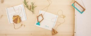 alamar mallorca jewelry schmuk kork collar feather papeterie postkarten postcards postales cuadernos aquarell aquarela handpainted design beach bag tote fairtrade souvenir cala mallorca holiday sea swim handbag