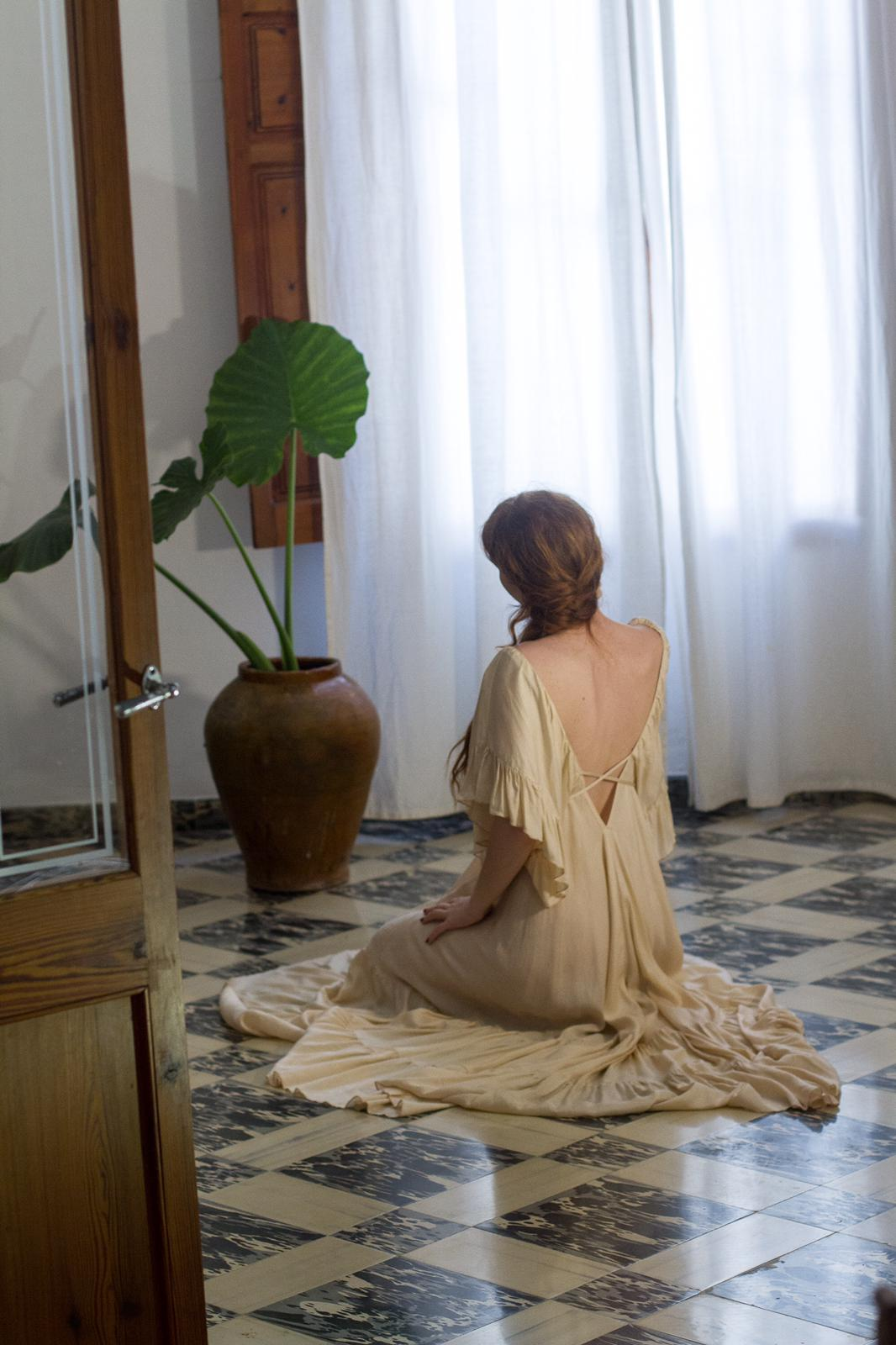 carolina.albertoni.mallorca.handamde.dresses.soft.sensual.feminity