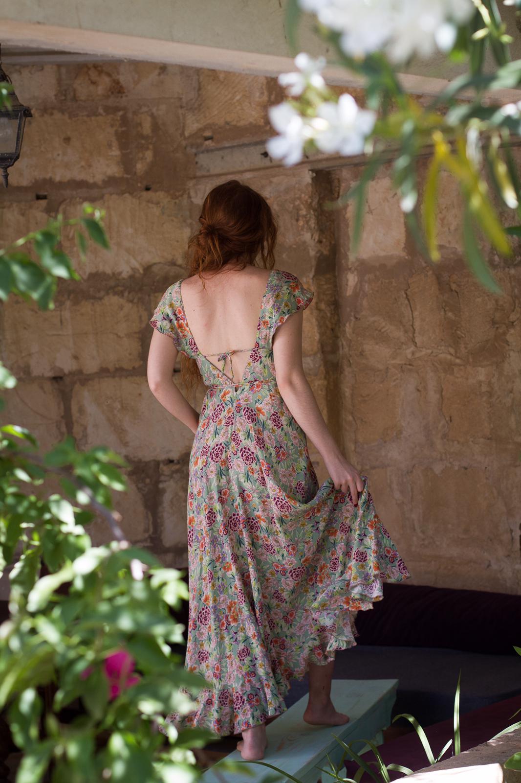 carolina.albertoni.mallorca.handmade.dresses.soft.sensual.feminity.designer.sensual