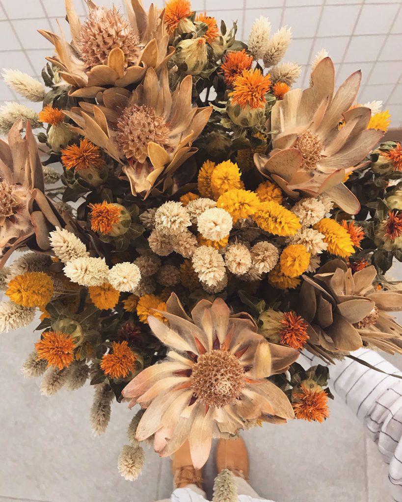 amancay floral design interior shop laden palma mallorca rural hands flowers nachhaltig selbstgemacht liebe details handarbeit lokal artesanos trockenblumen