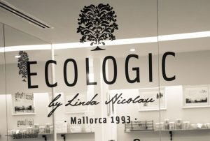 ecologic cosmetica natural sostenible eco ecologica palma mallorca handmade cosmetic sustainable selbstgemacht liebe details handarbeit lokal artesanos kosmetik nachhaltig natur pur beauty handmade withlove spa wellness sustainable vegan lokal recycling km0 local pamper bio fairtrade plasticfree zerowaste