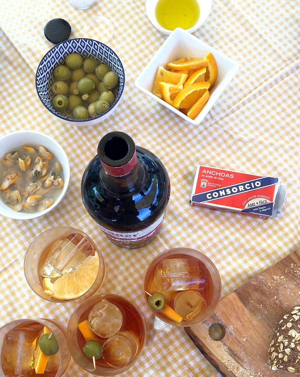 Espanolita_Boat.retreat.mallorca.picnic