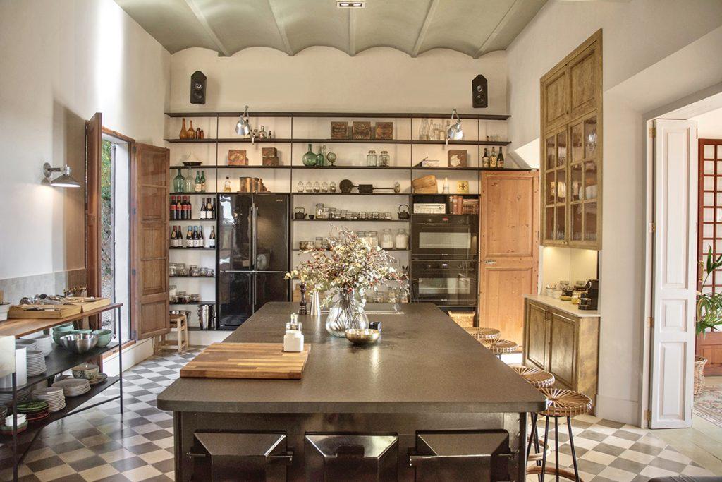 hotelito.cozy.maison.dux.hotel.homestay.mallorca.casa.luxus.finca.kitchen.private.chef.brunch.lunch.retreats.jpeg