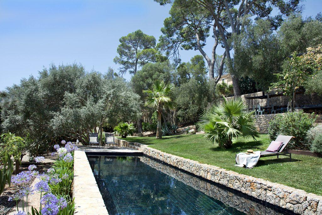 hotelito.cozy.maison.dux.hotel.homestay.mallorca.casa.luxus.summer.dip.swim.pool.retreats