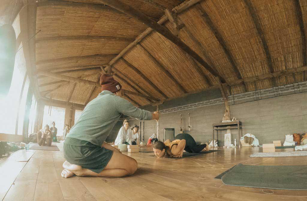 jivamukti.yoga.mallorca.juan.sierra.lily.sielaff.mallorcalma.retiro.retreat.finca.osa.major.taller.workshop