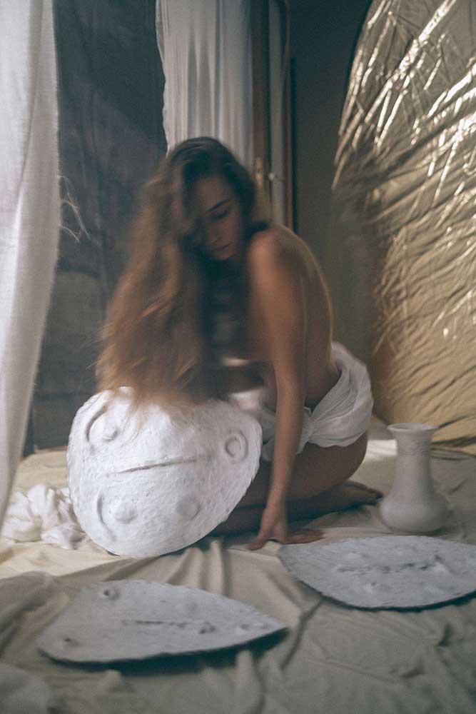 art.mallorca.artist.anna.alexandra.painter.ceramic.mask.mallorcalma.lily.sielaff.creative.creativity.female.island